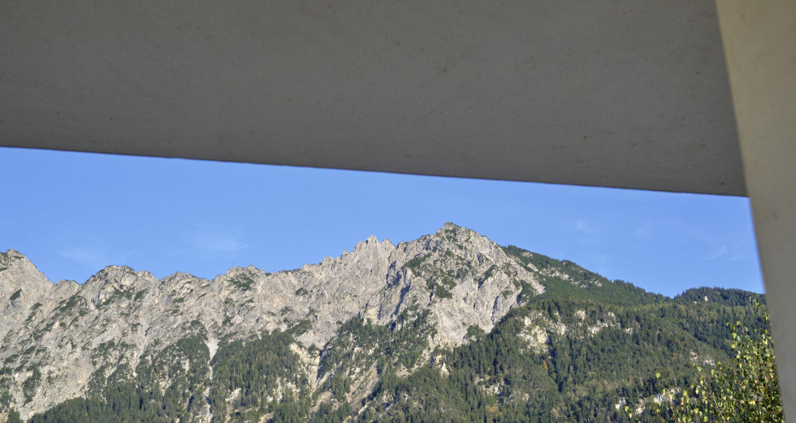 Haus Holdergasse, Fenster und Berge, Ressourcen, BE Architekten, Olex, Oliver Lins