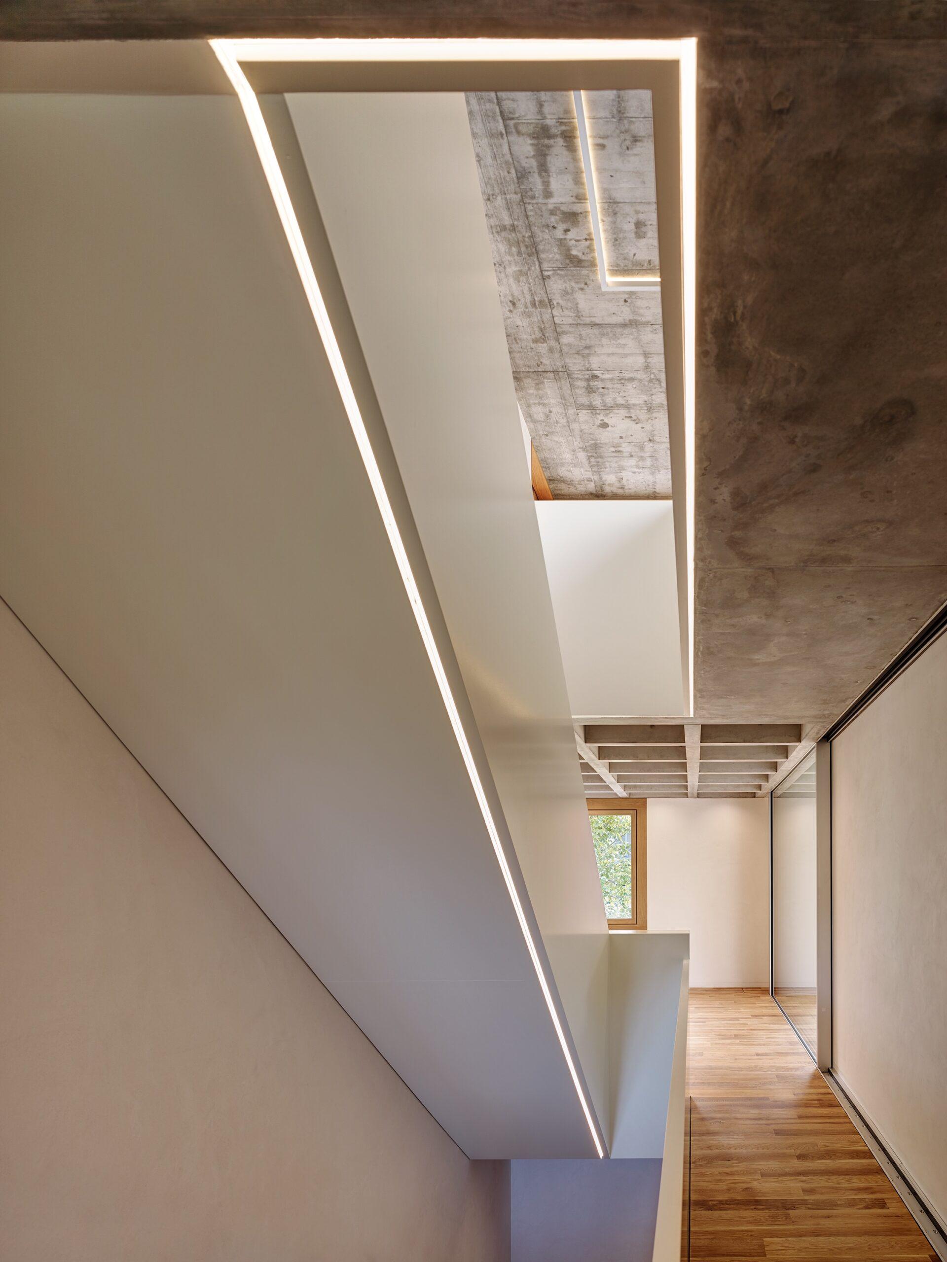 Haus Holdergasse, Stiegenhaus und Decke, BE Architekten, Olex, Marc Lins